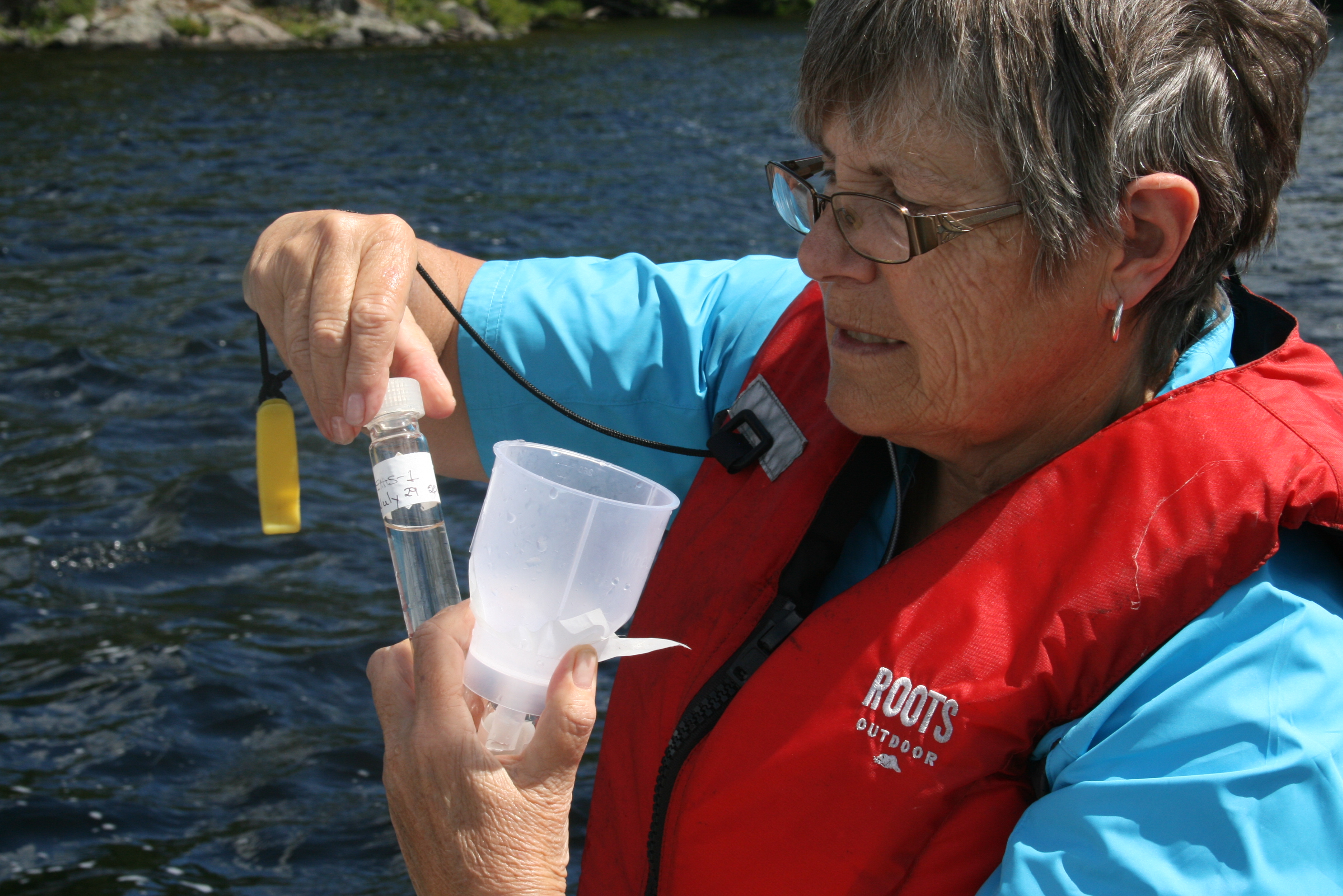 volunteer water quality testing